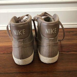 Nike Shoes - Nike High Top Sneakers